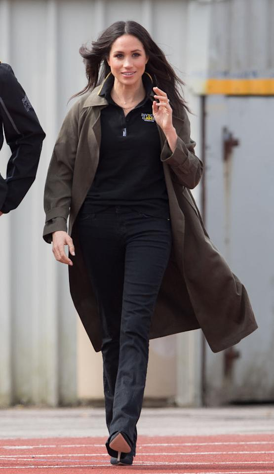 "<p>For her return to the Invictus Games on 6 April 2018, the former actress donned a Canadian favourite. The 36-year-old teamed her official polo shirt with a trench by Babaton for Aritizia. The khaki-hued must-have is still available and will cost you around £175. <a rel=""nofollow"" href=""https://www.aritzia.com/intl/en/product/lawson-trench-coat/50438.html?country=intl""><em>Shop now</em></a>. </p>"