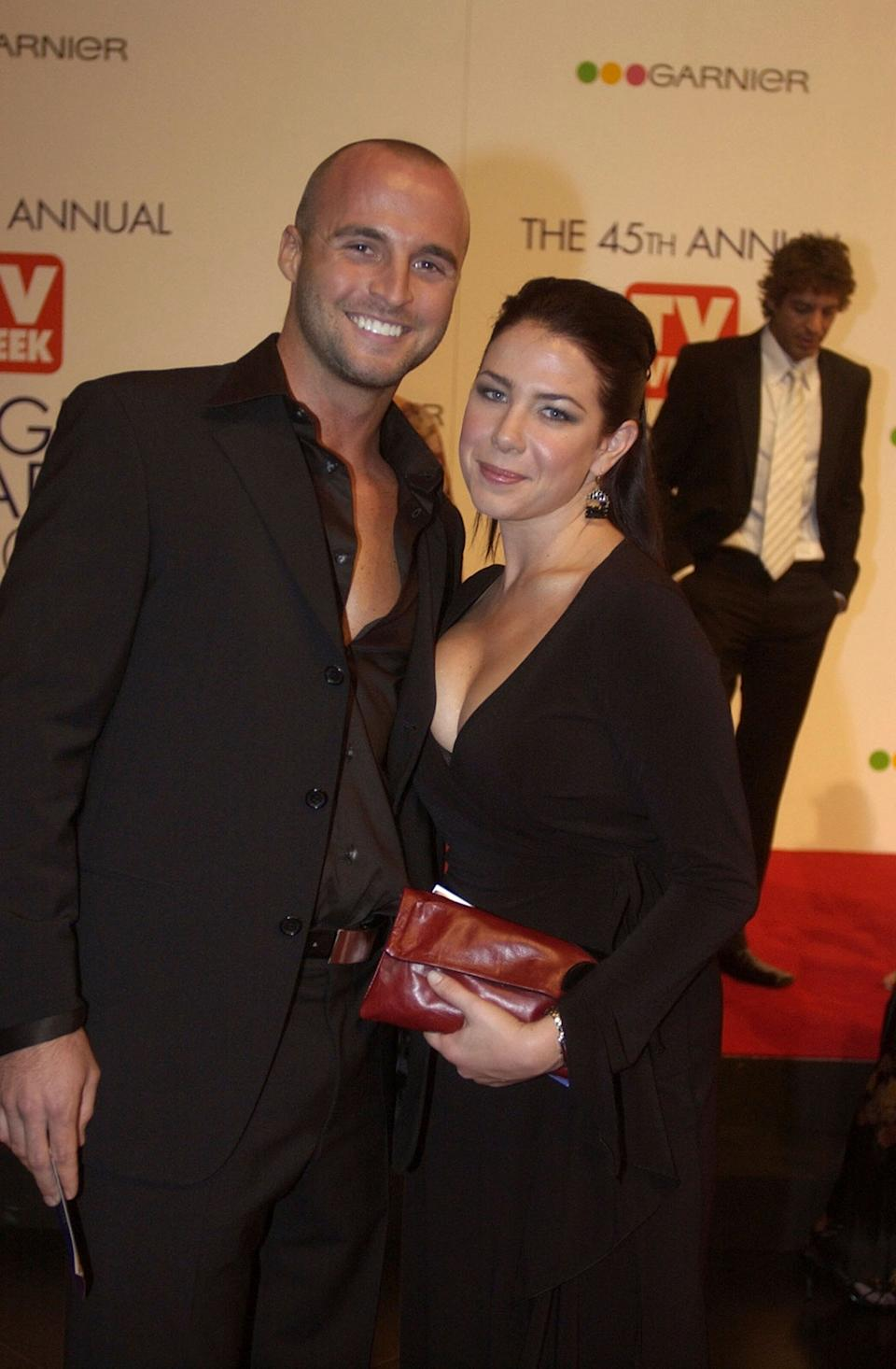 Ben Unwin (left) pictured with his former Home and Away co-star Kate Ritchie in 2003. (Photo: Patrick Riviere via Getty Images)