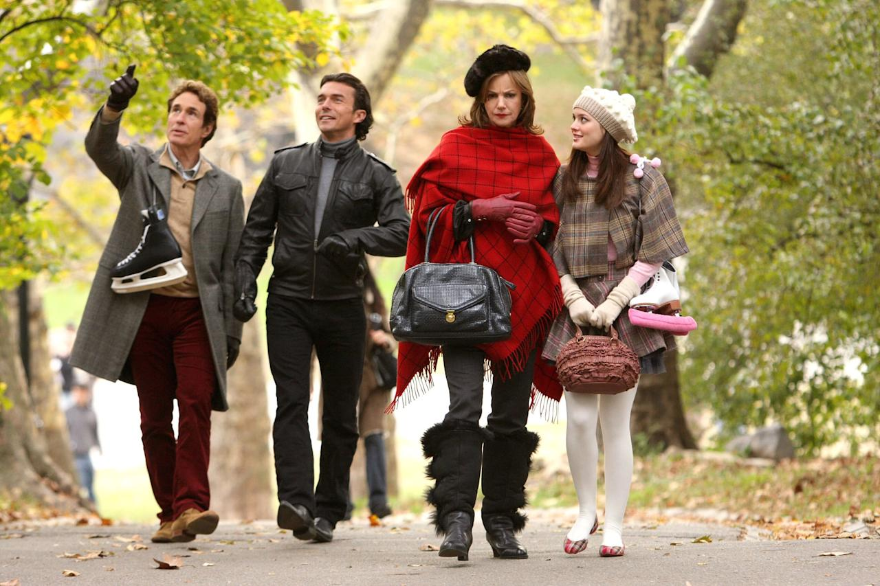 """<p>Christmas at the Waldorfs is splendid, but there's drama when Blair's father stops by with his lover, Roman. As it's a holiday episode, the tension eventually eases by the end of the episode, but not without some serious antics. In the subplot, we also see Dan and Serena plan Christmas surprises for each other - aww!</p> <p><a href=""""http://www.netflix.com/watch/70212586"""" target=""""_blank"""" class=""""ga-track"""" data-ga-category=""""Related"""" data-ga-label=""""http://www.netflix.com/watch/70212586"""" data-ga-action=""""In-Line Links"""">Watch <strong>Gossip Girl</strong> on Netflix</a>.</p>"""