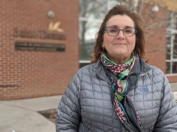 Nicole Bugeaud is feeling a sense of relief now that her sister, Dominique, who lives in Centre de Santé Saint-Thomas, has received both doses of a COVID-19 vaccine.