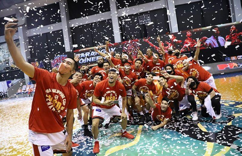 Ginebra Gin Kings players celebrate after winning the PBA Philippine Cup. (Source: SunStar)