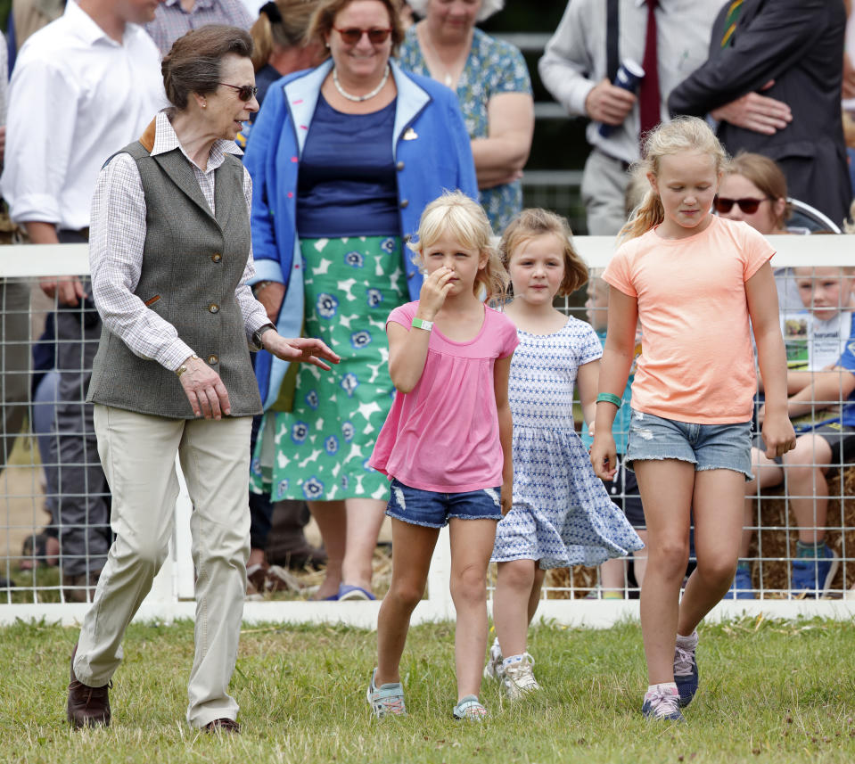 STROUD, UNITED KINGDOM - AUGUST 03: (EMBARGOED FOR PUBLICATION IN UK NEWSPAPERS UNTIL 24 HOURS AFTER CREATE DATE AND TIME) Princess Anne, Princess Royal and granddaughters Isla Phillips, Mia Tindall and Savannah Phillips attend day 2 of the 2019 Festival of British Eventing at Gatcombe Park on August 3, 2019 in Stroud, England. (Photo by Max Mumby/Indigo/Getty Images)