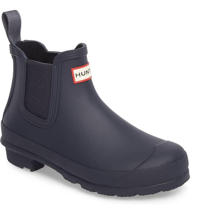 <p>If you're bored with black, why not try navy? We love these cool <span>Hunter Original Waterproof Chelsea Rain Boots</span> ($135).</p>