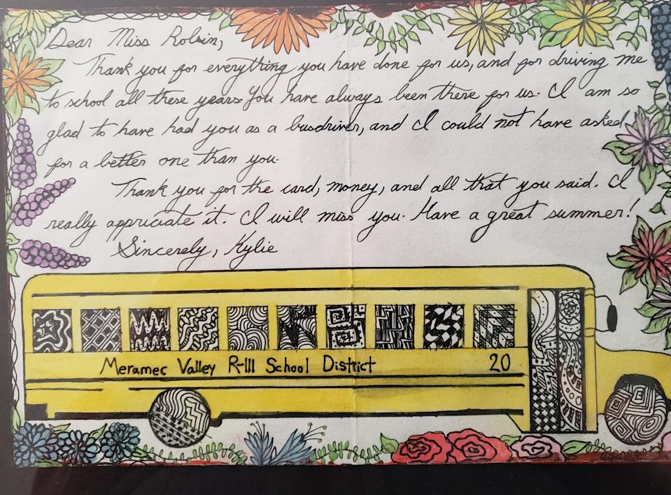 """Bus driver Robin Stout felt """"blessed"""" to have received this hand-drawn thank you card from a senior who graduated, and who she was unable to say good-bye to because of the abrupt school shut-down last spring. (Image courtesy of Robin Stout)"""