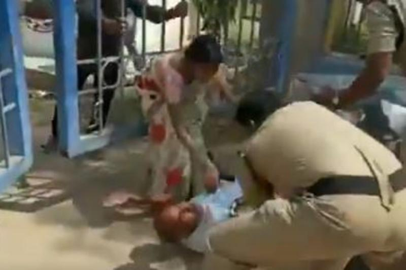 Twitter Erupts as Video of Telangana Cop Kicking Man Grieving Over Daughter's Death Goes Viral