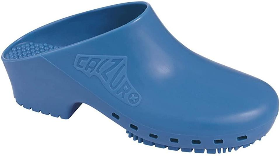 "<h3><h2>Calzuro Classic Washable Clog</h2></h3><br>Shopping savants have long embraced this low-heel rubber clog, manufactured in Italy for medical professionals — and, owing to their European provenance, are chic-er than they need to be. ""Nurse for seven years, usually wear Dansko or sneakers,"" wrote reviewer Monica Wells on Amazon. ""Just changed to OR position and a lot of the surgeons, techs and other nurses swear by these, so I decided to give them a go. After a month and a half later of wearing them I am so pleased. No pain and I can run 'walk quickly' in them. Plan on ordering another pair to put into rotation.""<br><br><strong>CALZURO</strong> Classic Autoclavable Clog, $, available at <a href=""https://www.amazon.com/Calzuro-Autoclavable-Without-Upper-Ventilation/dp/B0091V31ZU"" rel=""nofollow noopener"" target=""_blank"" data-ylk=""slk:Amazon"" class=""link rapid-noclick-resp"">Amazon</a>"