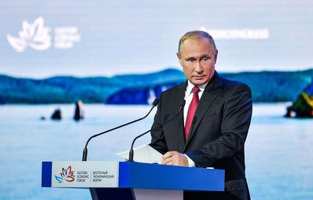 Putin Claims Poisoning Suspects Are Russian Civilians