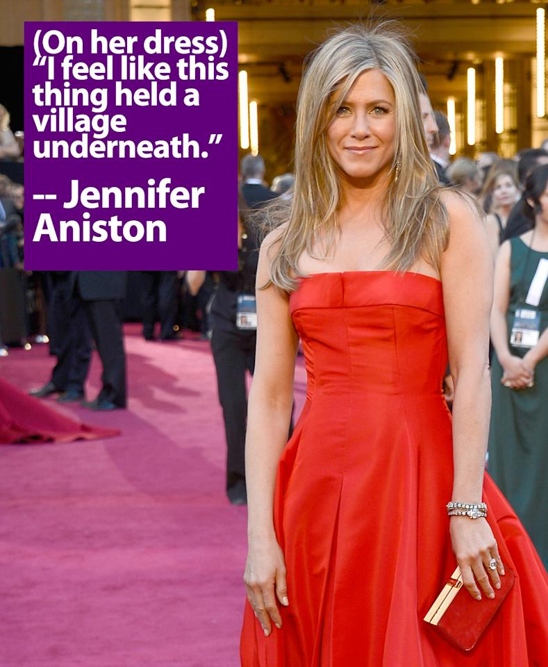 Actoress Jennifer Aniston arrives at the Oscars at Hollywood & Highland Center on February 24, 2013 in Hollywood, California.