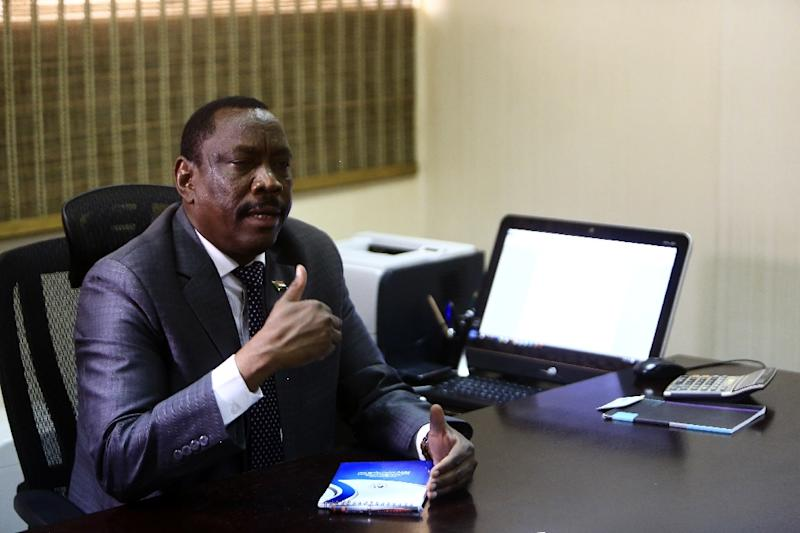 Sudanese Health Minister Bahar Idris Abu Garda said the country's currency drop against the dollar by more than 60 percent in the last six months has affected the price of medicine (AFP Photo/Ashraf Shazly)