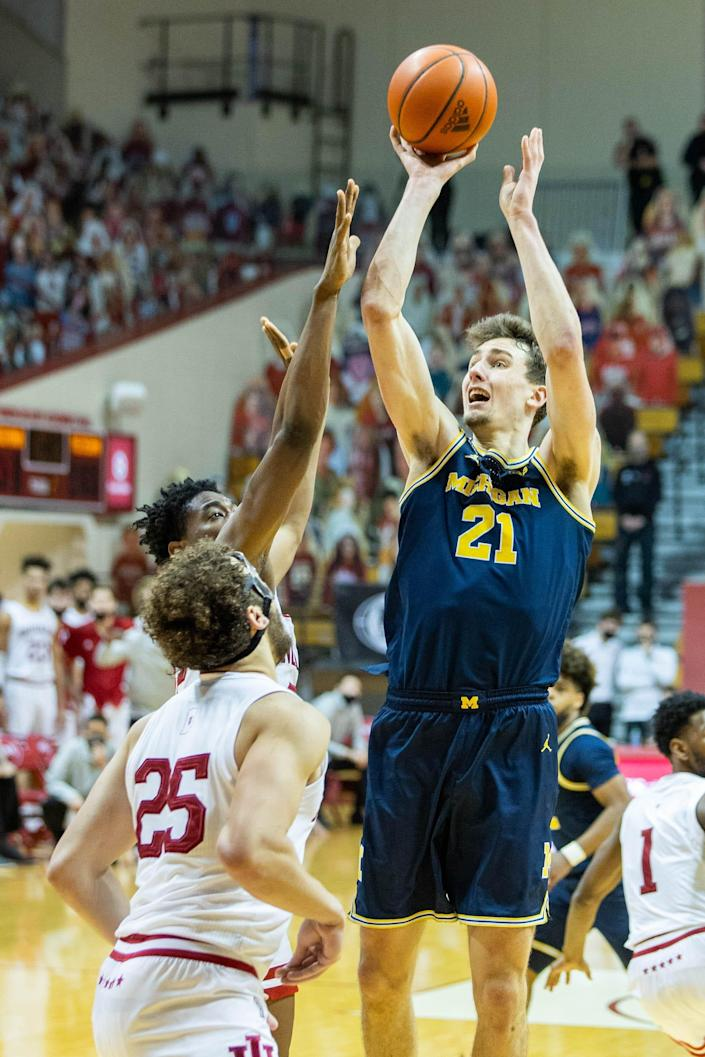 Michigan Wolverines guard Franz Wagner shoots against the Indiana Hoosiers in the second half Feb. 27, 2021 in Bloomington, Ind.