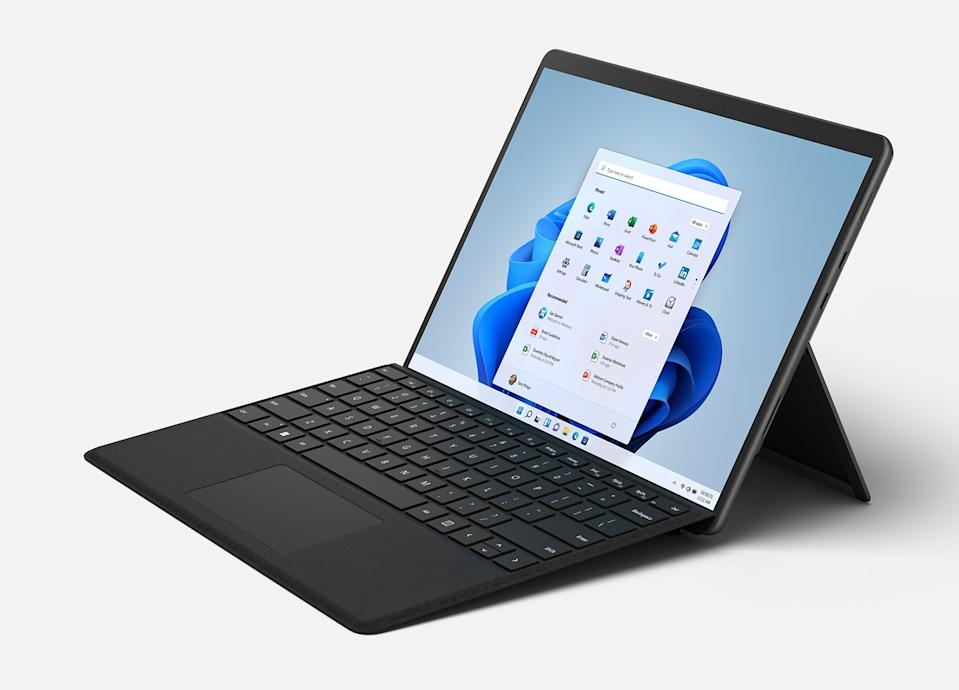 The Surface Pro 8 gets a redesign with a bigger screen and smaller bezels.  (Image: Microsoft)