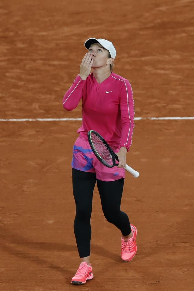 Simona Halep blows a kiss after her first-round win