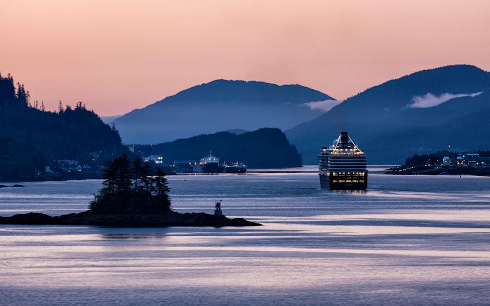 Arm yourself with a few strategies to avoid the kind of crowds that can spoil an Alaskan cruise - Candice Cusack