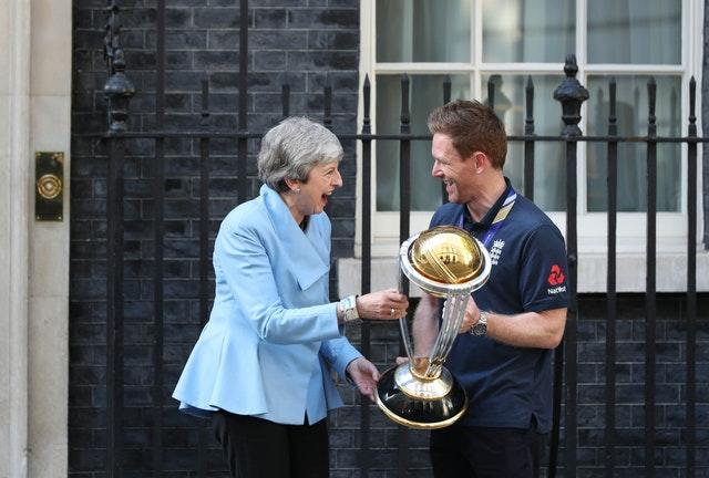 Prime Minister Theresa May with England cricket captain Eoin Morgan (Yui Mok/PA)