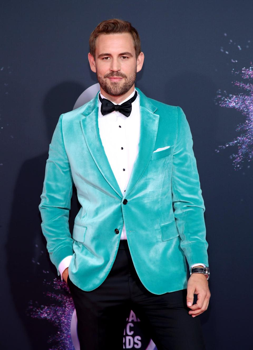 <p>Complete with a bowtie, the reality TV actor cleaned up nicely.</p>