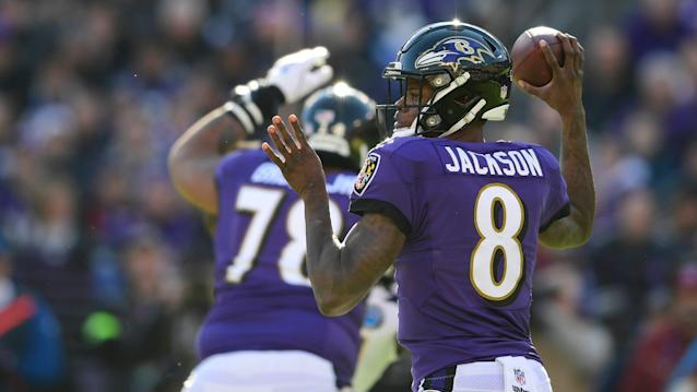 Lamar Jackson named AFC Offensive Player of the Week, his first NFL honor with the Ravens