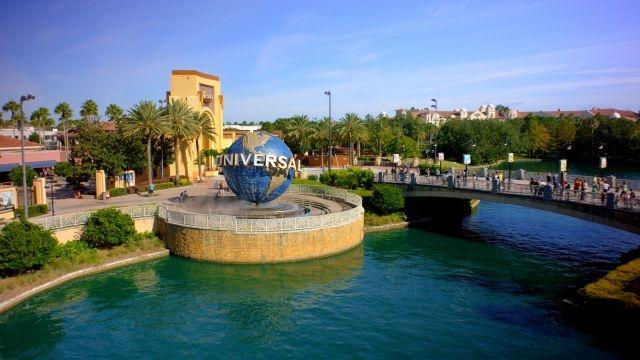 Universal Orlando Resort extends closure to mid-April, other theme parks likely to follow