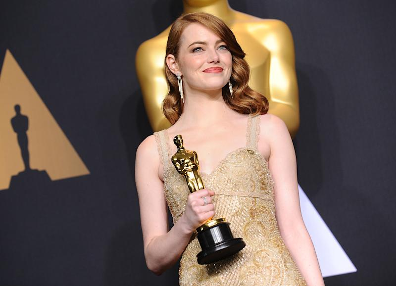 Here's to the Ones Who Dream: Teen Asks Emma Stone to Prom in Viral La La Land Reenactment