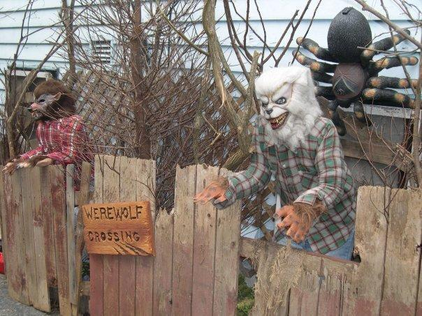 """<p>If you don't know where to start with your yard haunt, help can be a click away. """"With the advent of Youtube and Pinterest, there are some great little how-tos,"""" says Stross. Or you can seek out advice in person. """"Even at Dent, I'm always willing to help,"""" says Stross. """"I'm always like, 'Hey, I'm an open ear. What do you need? What advice can I send you?' It's kind of cool to see that's how most haunted houses are [like] too. It's a fun industry."""" <i>(Photo: Bud Stross)</i></p>"""