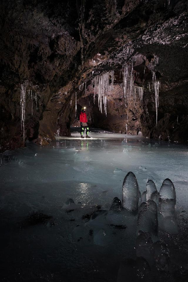 <p>Deep Ice Cave – California, USA. (Photo: Josh Hydeman / NSS / Caters News) </p>