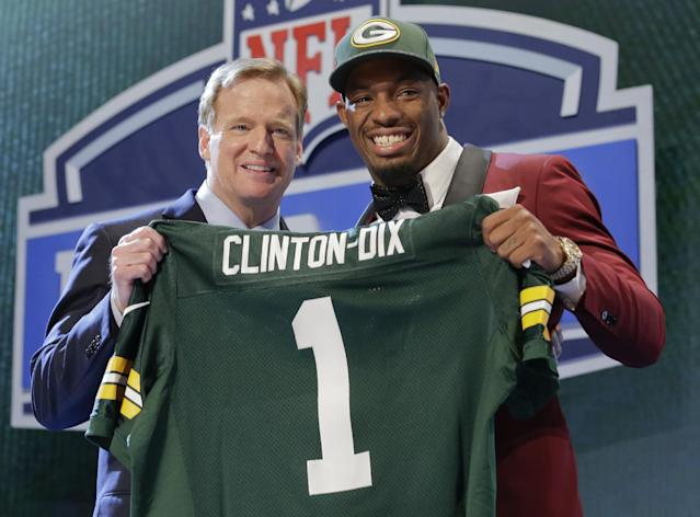 Alabama free safety Haha Clinton-Dix poses with NFL commissioner Roger Goodell after being selected by the Green Bay Packers as the 21st pick in the first round of the 2014 NFL Draft, Thursday, May 8, 2014, in New York. (AP Photo/Craig Ruttle)