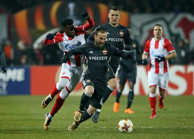 Soccer Football - Europa League - Red Star Belgrade vs CSKA Moscow - Rajko Mitic Stadium, Belgrade, Serbia - February 13, 2018 CSKA Moscow's Bibras Natcho in action with Red Star Belgrade's El Fardou Ben Nabouhane REUTERS/Marko Djurica