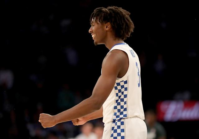 "<a class=""link rapid-noclick-resp"" href=""/ncaab/players/153912/"" data-ylk=""slk:Tyrese Maxey"">Tyrese Maxey</a> took a star turn in his college debut to lead Kentucky past top-ranked Michigan State. (Photo by Elsa/Getty Images)"
