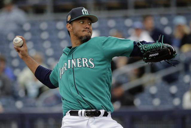 Yovani Gallardo is one of the new Mariners pitchers. (AP)