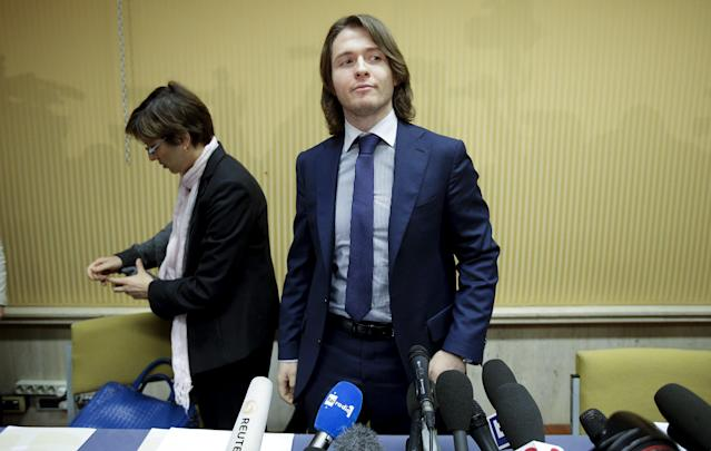 Raffaele Sollecito arrives to lead a news conference in Rome March 30, 2015. Italy's top court on Friday annulled the conviction of American Amanda Knox for the 2007 murder of British student Meredith Kercher and, in a surprise verdict, acquitted her of the charge. The Court of Cassation threw out the second guilty verdict to have been passed on Knox, 27, and her Italian former boyfriend Raffaele Sollecito for the lethal stabbing. REUTERS/Max Rossi
