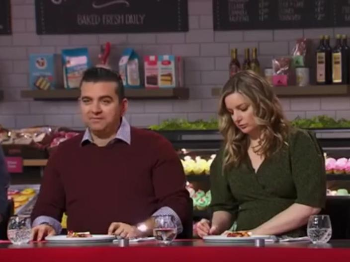 "Buddy Valastro and Damaris Phillips on ""Guy's Grocery Games."" <p class=""copyright"">Food Network</p>"