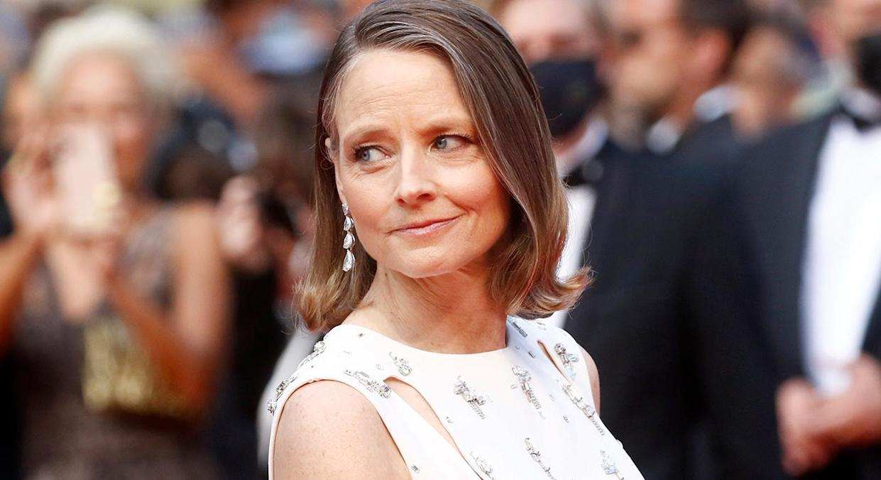 Jodie foster wore a full face of Charlotte Tilbury make-up at the Cannes Film Festival, we have the full breakdown to recreate the look. (Getty Images)