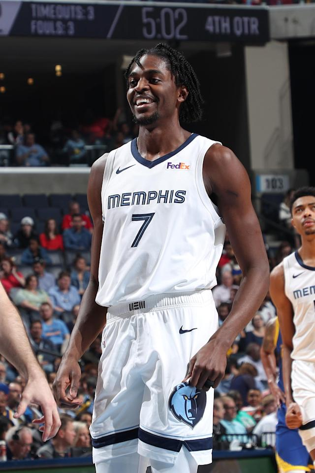 MEMPHIS, TN - APRIL 10: Justin Holiday #7 of the Memphis Grizzlies smiles during the game against the Golden State Warriors on April 10, 2019 at FedExForum in Memphis, Tennessee. (Photo by Joe Murphy/NBAE via Getty Images)
