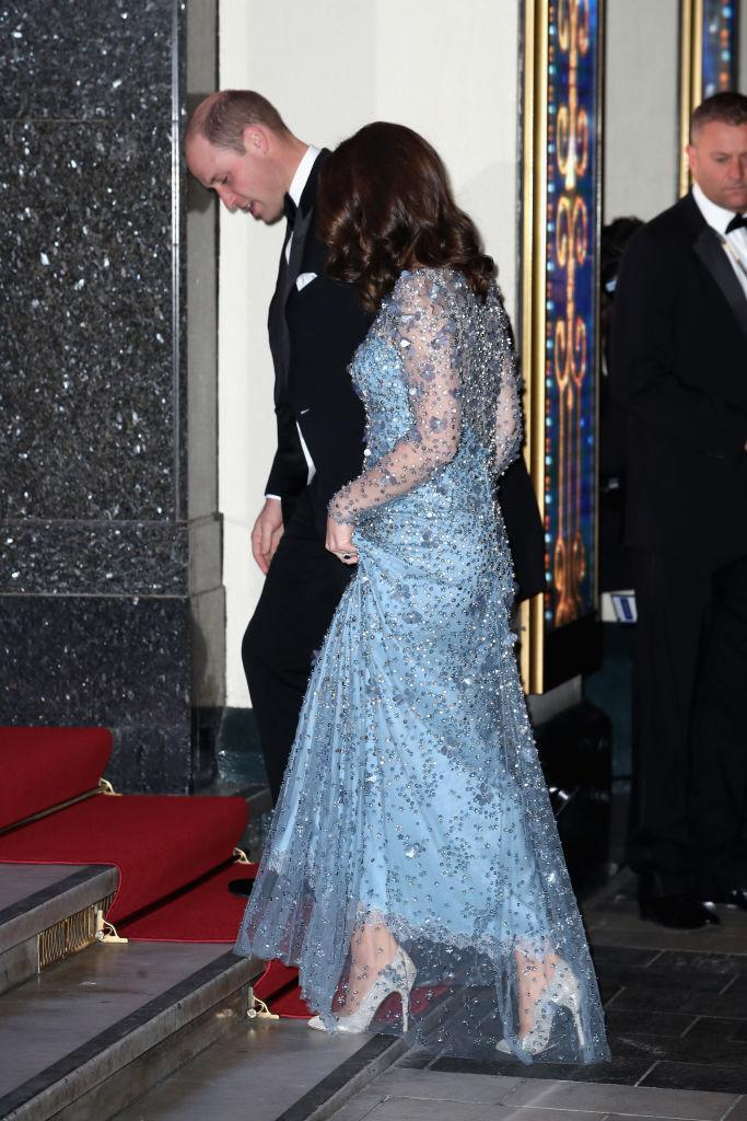 Pregnant Kate Middleton Attends Royal Variety Show in Ice Blue Jenny ...