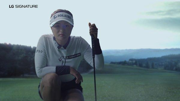 LG SIGNATURE Brand Ambassador, Ko Jin-young is well-known for her meticulous preparation, and a finely honed ability to tune out all distractions whilst out on the course.
