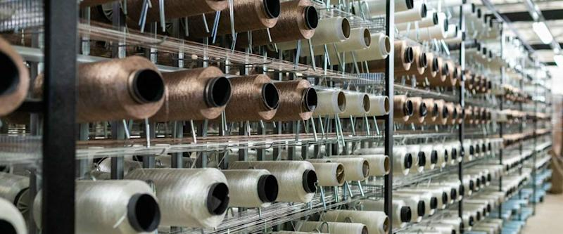 Carpet factory, carpet production, synthetic yarns for weaving looms
