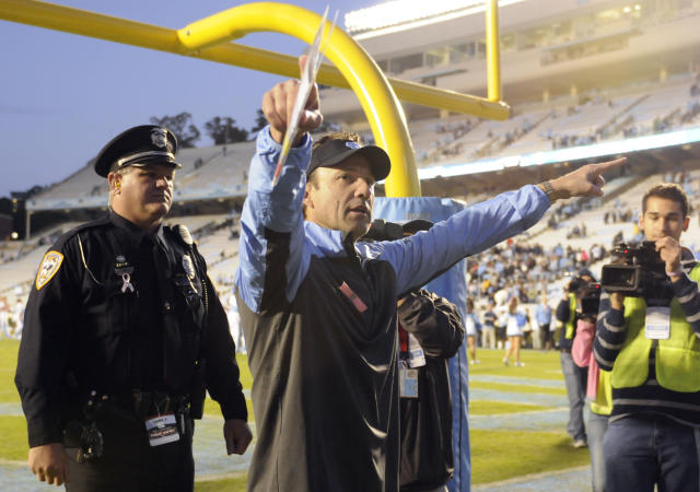 Larry Fedora stars in a spoof commercial for North Carolina's student paper (Video)