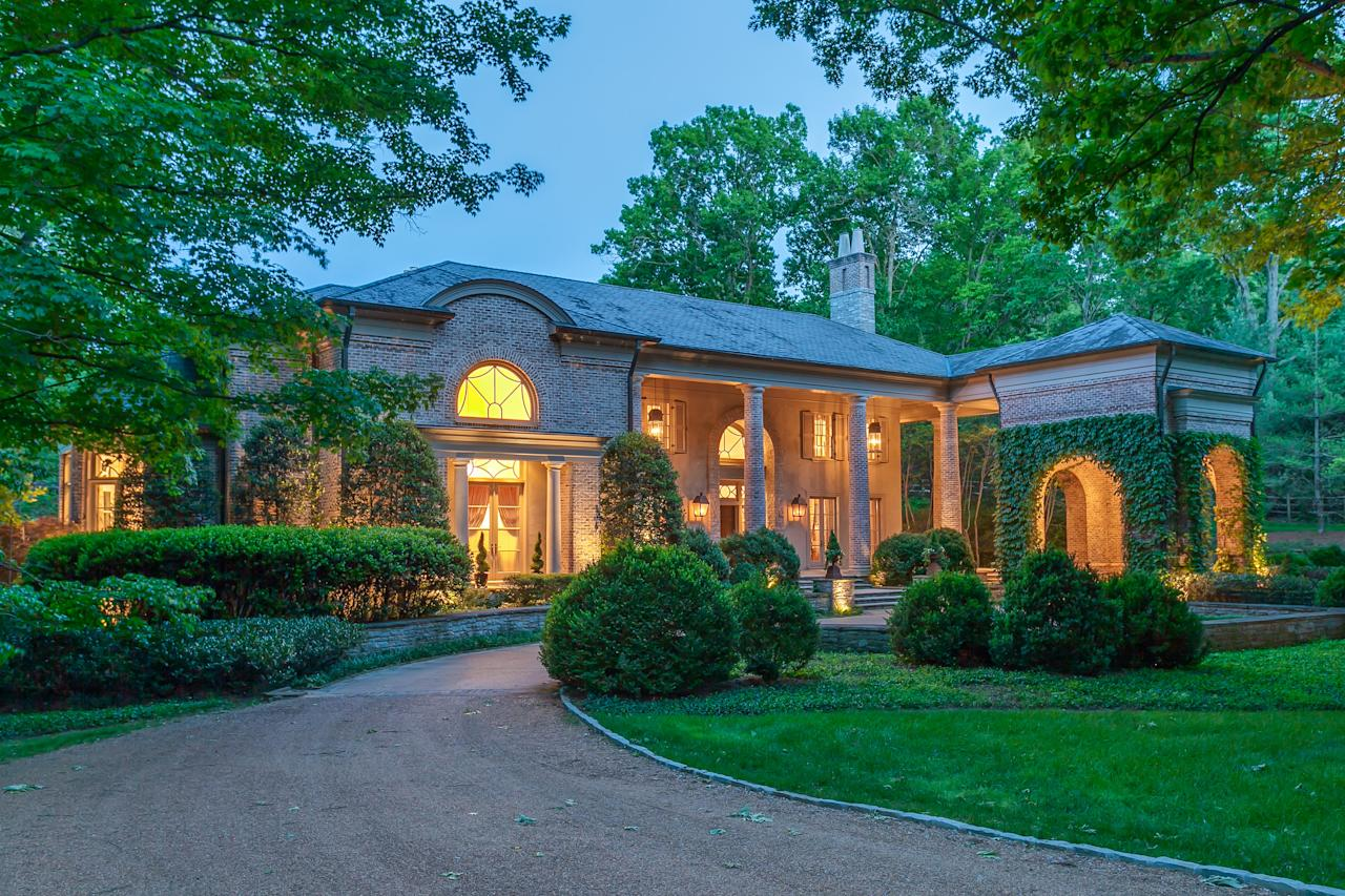 When location scouts needed an impressive house to be used as the home of Rayna Jaymes, they found this sprawling property in Nashville's star-filled Belle Meade neighbourhood. (The Agency)