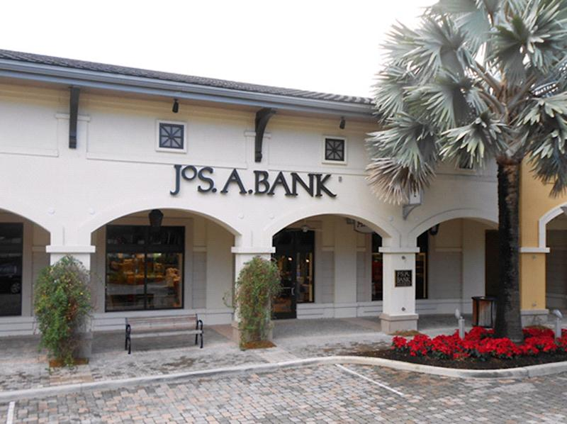 Jos. A. Bank turns down Men's Wearhouse offer
