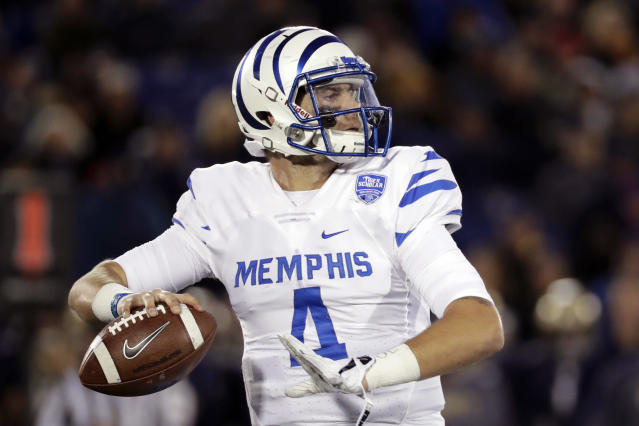 "Memphis quarterback <a class=""link rapid-noclick-resp"" href=""/ncaaf/players/227452/"" data-ylk=""slk:Riley Ferguson"">Riley Ferguson</a> threw a school-record 32 touchdown passes last year. (AP)"