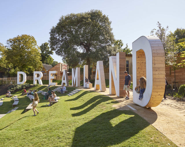 Enjoy a day out at Dreamland. (Dreamland Margate)