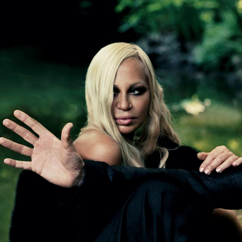 That s Amore  Friends and Colleagues Pay Tribute to Donatella Versace Ahead  of Her CFDA International Award dd95bca973093