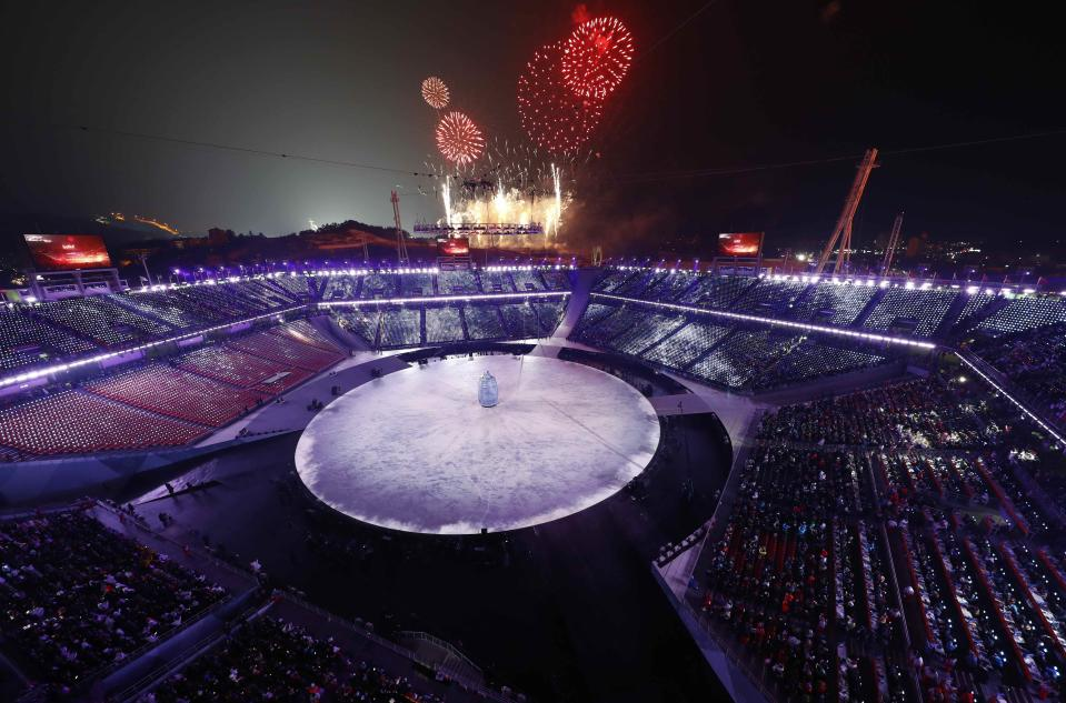 <p>Fireworks are set off during the opening ceremony of the Pyeongchang 2018 Winter Olympic Games on February 9, 2018.. REUTERS/Pawel Kopczynski </p>