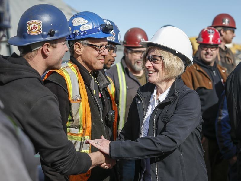 Alberta's Notley talks pipelines, energy on last day of election campaign