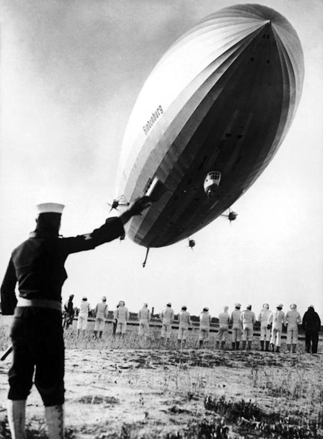 <p>One of the Hindenberg's 10 successful landings in Lakehurst, New Jersey guided by American sailors. This 245M long German airship was the largest dirigible ever built. Put into service on March 4, 1936 and equipped with luxury furnishings, it carried passengers across the Atlantic, from Europe to the American continent. It burst into flames while landing in New Jersey on May 6, 1937. ( Keystone-France/Gamma-Keystone via Getty Images) </p>