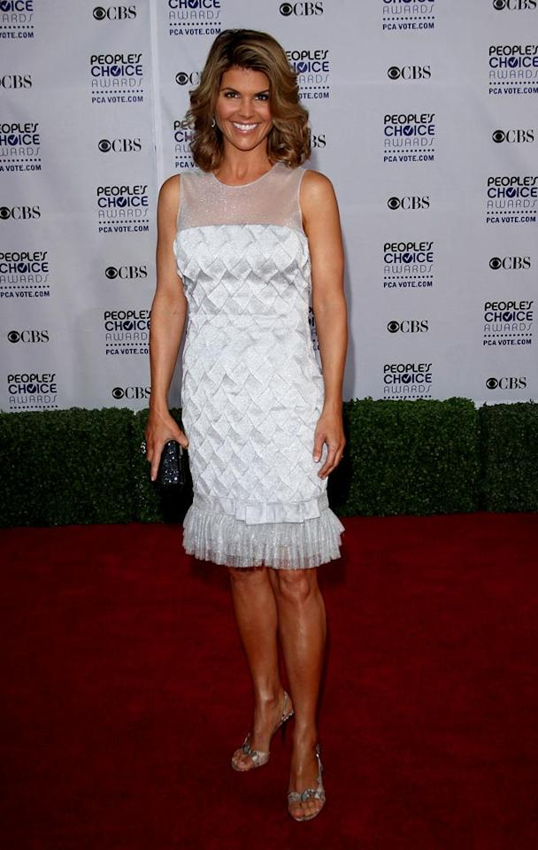"""<a href=""""/lori-loughlin/contributor/44168"""">Lori Loughlin</a> arrives at the 35th Annual People's Choice Awards held at the Shrine Auditorium on January 7, 2009 in Los Angeles, California."""