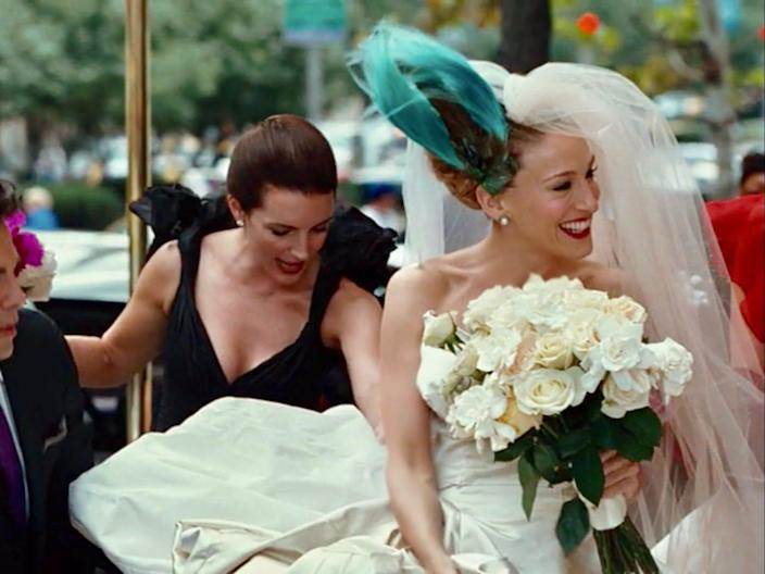 carrie bradshaw sex and the city movie wedding dress