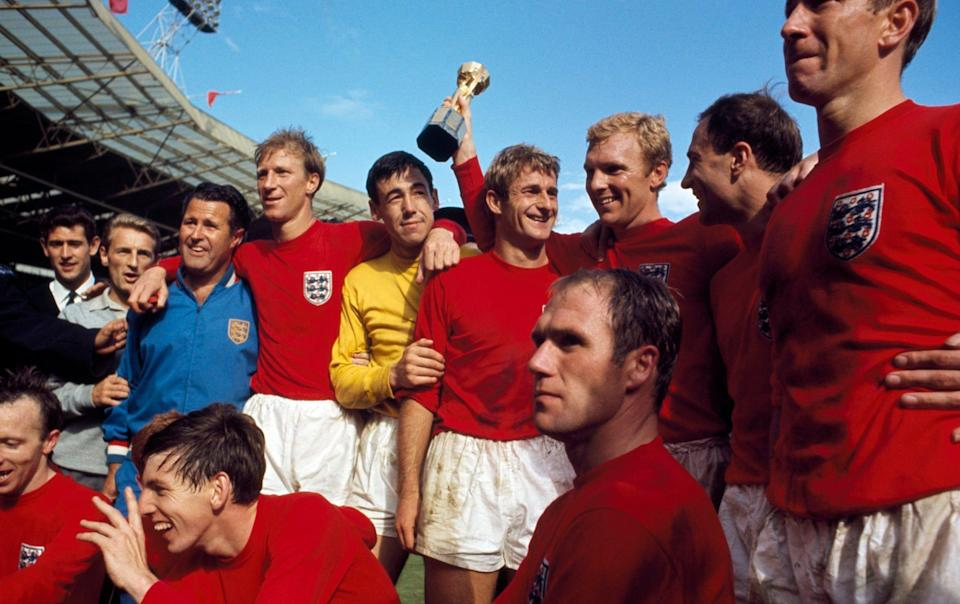 Hunt (back row sixth from left) with the victorious England team back in 1966 - Getty Images