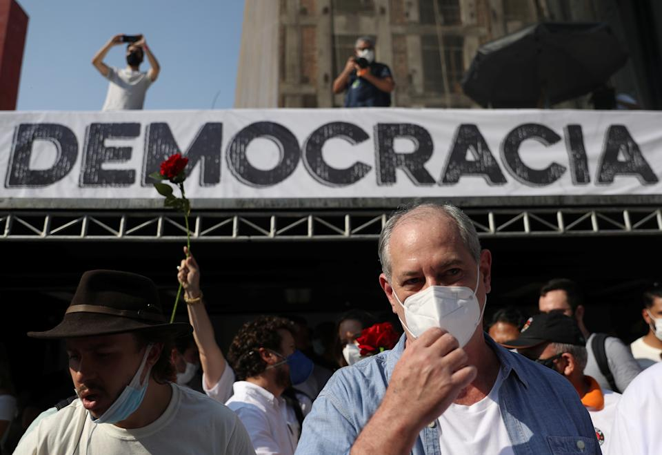 Former presidential candidate Ciro Gomes attends a protest to demand the impeachment of Brazil's President Jair Bolsonaro and against his handling of the coronavirus disease (COVID-19) pandemic, at Paulista Avenue in Sao Paulo, Brazil, September 12, 2021. REUTERS/Amanda Perobelli