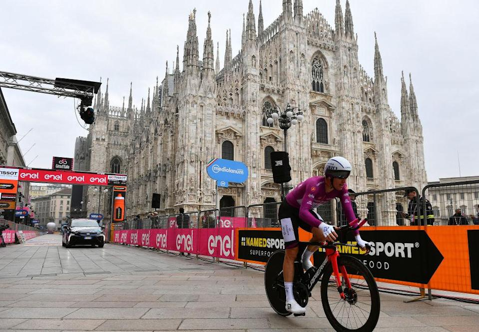 MILANO ITALY  OCTOBER 25 Arrival  Arnaud Demare of France and Groupama  FDJ Purple Points Jersey  Duomo di Milano  Milan Cathedral  during the 103rd Giro dItalia 2020 Stage 21 a 157km Individual time trial from Cernusco sul Naviglio to Milano  ITT  girodiitalia  Giro  on October 25 2020 in Milano Italy Photo by Stuart FranklinGetty Images