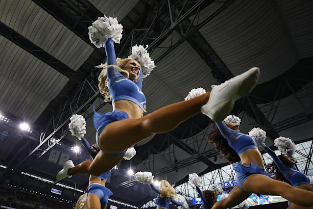 <p>A member of the Detroit Lions Cheerleaders performs while playing the Arizona Cardinals at Ford Field on September 10, 2017 in Detroit, Michigan. (Photo by Gregory Shamus/Getty Images) </p>